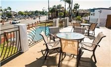 Comfort Inn San Diego at the Harbor - Outdoor Patio