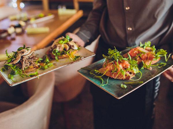 Are San Diego restaurants open?